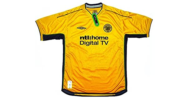 dd14b3161 Amazon.com  Glasgow Celtic 2002 03 Soccer jersey (L)  Clothing