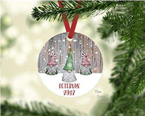 (Personalized Gnome Family Custom Christmas Ornament)