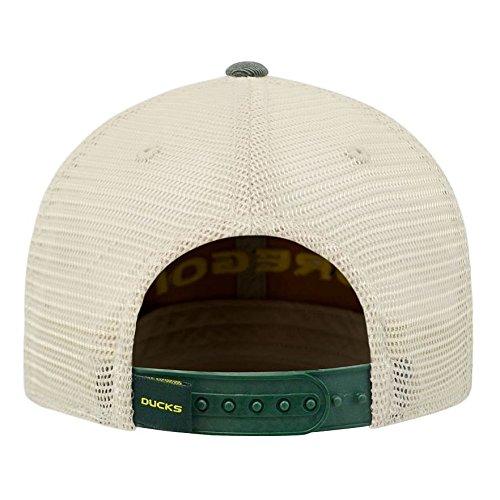 9666a7fab5d Amazon.com   Oregon Ducks Hat Adjustable Trucker Style   Sports   Outdoors