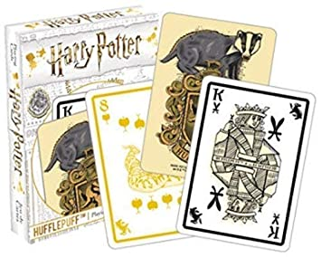 HARRY POTTER Hufflepuff Carta de Juego: Amazon.es: Juguetes ...