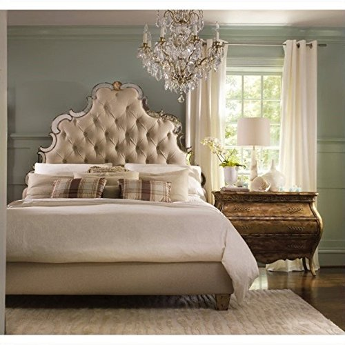 Hooker Furniture Sanctuary Tufted Bed in Bling - King