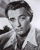 Robert Mitchum Autograph Signed 8 x 10 Photo