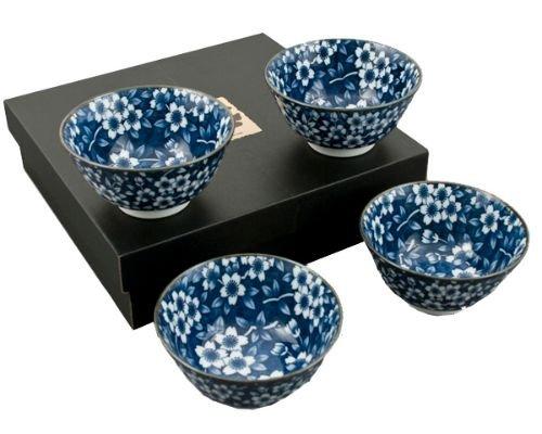 Japan Rice Bowl (Authentic Japanese Porcelain Rice Bowl Set of 4 Kikuzome Karakusa Gift Set Made In Japan)