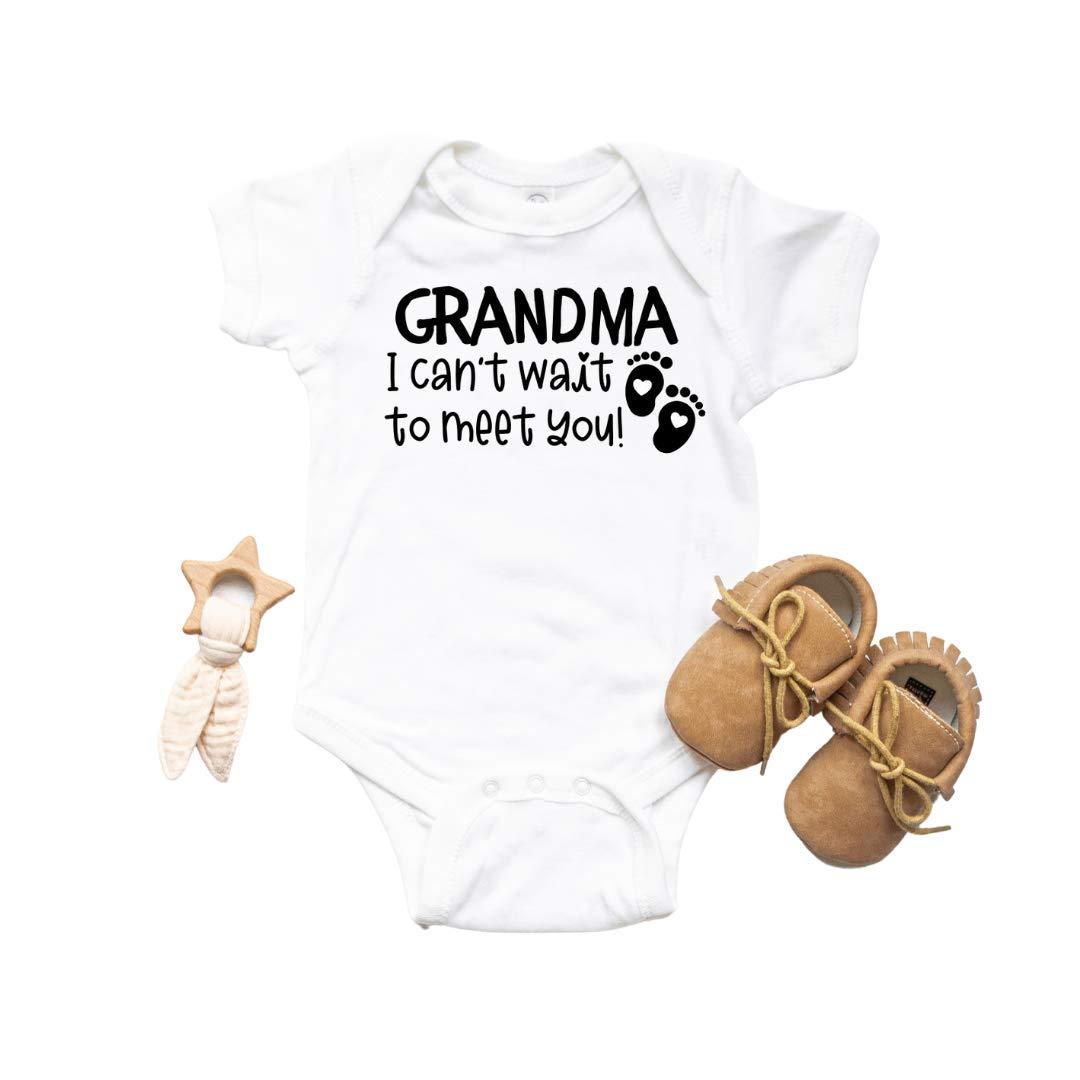 Grandma Baby Announcement WHITE Newborn Bodysuit Pregnancy Announcement for Grandparents Grandma I cant wait to meet you New grandma gifts