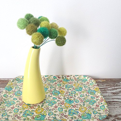 Green Felt Flowers - Clover, Shamrock, Spring Bouquet - Wool Yarn Pom Pom Flowers - Faux Fake Flowers - Emerald Green - Pantone Greenery