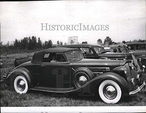 Orchard Coupe (1963 Press Photo Dr Richard J Weber owner of Packard Convertible Coupe)