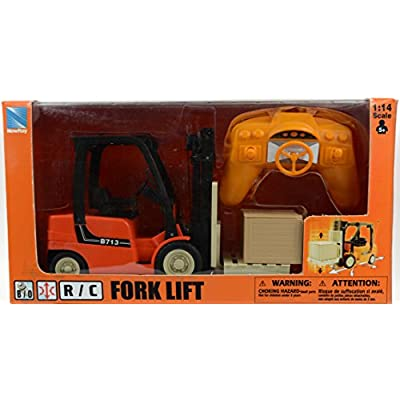 New Ray Forklift With Rack Set: Toys & Games