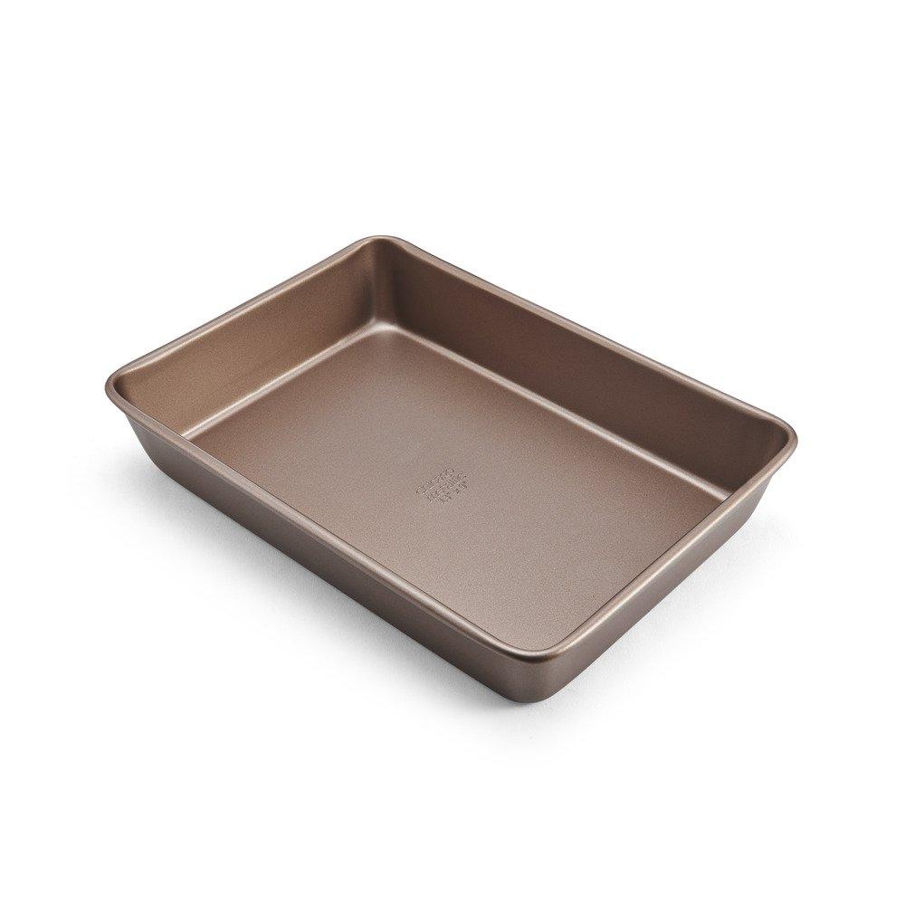 Chicago Metallic 5212100 Elite Non-Stick Carbon Steel Rectangular Cake Pan, 13-Inch-by-9-Inch, Bronze by Chicago Metallic