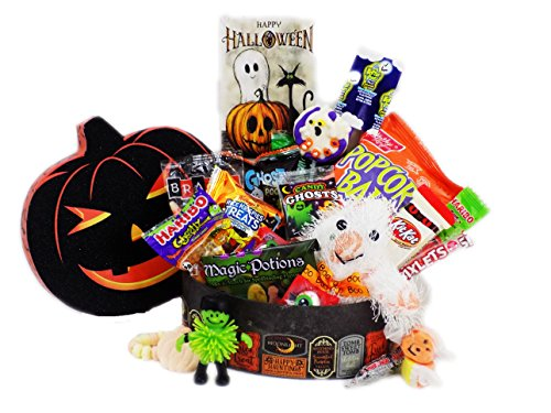 'Ghostly Greetings, Have a Bootiful Halloween' Candy Gift Basket with Plush Ghost (Ghost Lollipops Halloween)