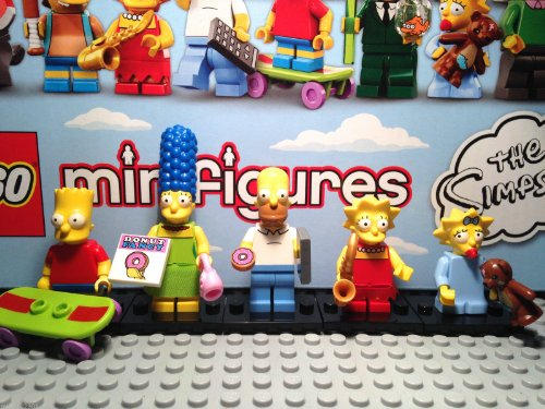 Lego Minifigures the Simpsons Family of 5 Homer Marge Bart Lisa Maggie Sealed Packs ()