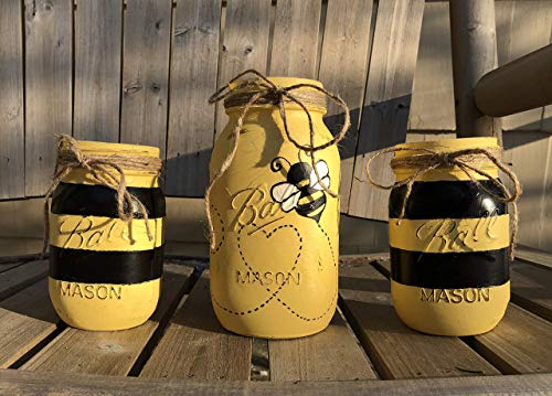 Bumble Bee Mason Jar Set/Bee Decor/Black & Yellow Bee Centerpiece/Bumble Bee Decor/Bee Baby Shower Gift/Bumble Bee Party
