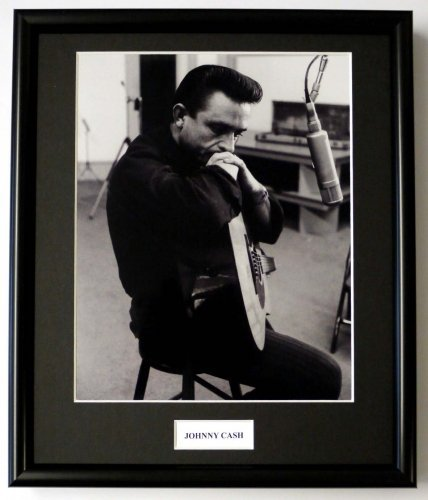 JOHNNY CASH/FRAMED PHOTO (4): Amazon.co.uk: Kitchen & Home