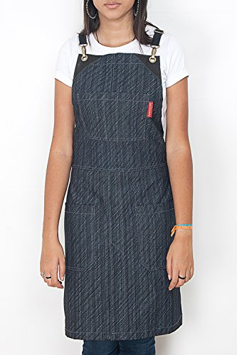 under-ny-sky-cross-back-apron-dark-rain-stripe-denim-black-leather-split-leg