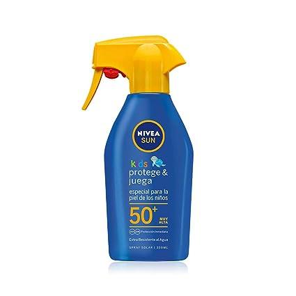 f10ec0f5161d NIVEA SUN Spray Solar Niños Protege & Juega FP50+ - Pistola spray solar  hidratante resistente al