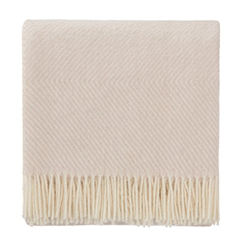URBANARA 100% pure Scandinavian Wool Throw Gotland 55x87 Powder Pink/Cream with Fringe - Virgin Wool Blanket With Decorative Diamond Weave Design - Perfect for your Couch, Sofa, Bedroom, Twin Size Bed