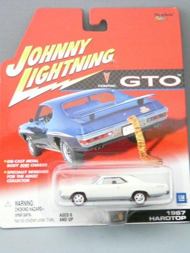1967 Pontiac Gto Hardtop (Johnny Lightning Pontiac GTO 1967 Hardtop White)