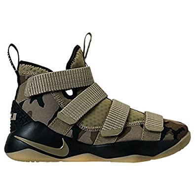 best loved 3ee57 8d701 NIKE NIKE Boys' Lebron Soldier XI (GS) Shoe (Big Kids) (6.5 ...