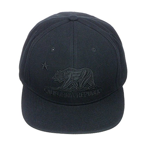 Pit Bull California Republic Bear Logo Flat Brim Adjustable Snapback Hat Cap - Black (Cap Logo Bear Fashion)