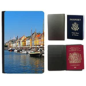 Passeport Voyage Couverture Protector // V00002825 Copenhague Nyhavn // Universal passport leather cover