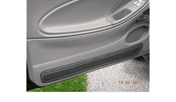 Amazon.com: Ford Mustang 1999-04 insercion de puertas de RedlineGoods: Automotive