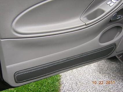 Ford Mustang 1999-04 insercion de puertas de RedlineGoods