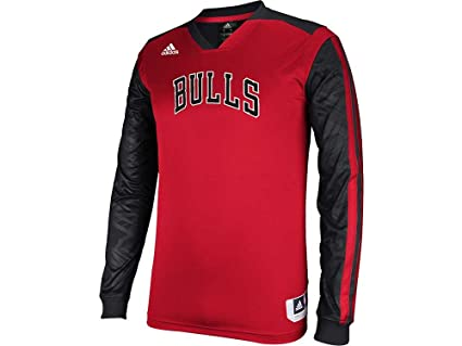 90bca3e9d8a8 Amazon.com   adidas Chicago Bulls Adult On Court Long Sleeve Shooter ...