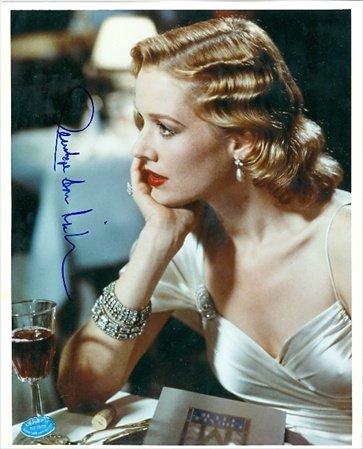 Autograph Warehouse 47450 Penelope Ann Miller Autographed 8 x 10 Photo Actress - Carlito Way and Kindergarten Cop Image No .4