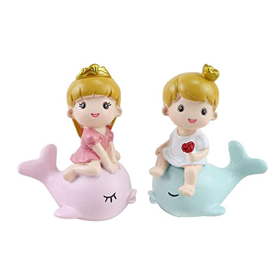 Warmtree Miniature Princess with Cute Cat Figurines Princess Collectible Dolls Cake Toppers Creative Birthday Cake Decoration Wedding Party Supplies Pack of 4