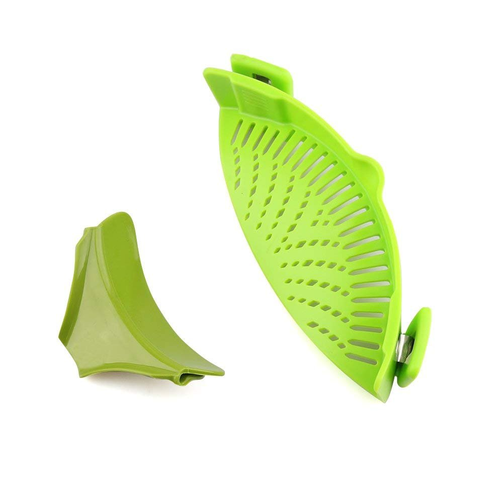 Strain Pan Strainer, URBEST Clip-on Silicone Strainer with Slip-On Bowl Pour Spout BPA Free 100% Non-Toxic for Draining Food While Cooking Or Pouring Liquid, Universal Size Fits Most Pans Pots Bowls FS20180628