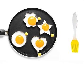 ShengHai - Molde para huevos fritos, antiadherente, acero inoxidable, forma de huevo para freír, juego de 4 con 1 cepillo de silicona: Amazon.es: Hogar