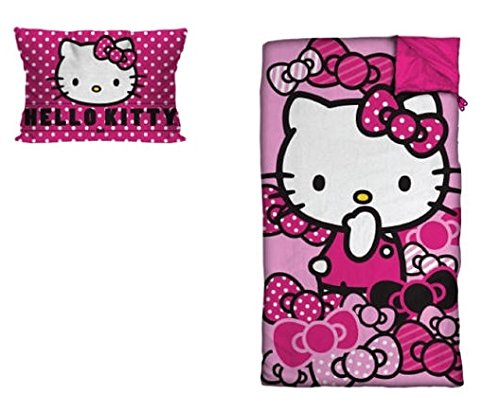 (SANRIO Hello Kitty Sleepover Set with Pillow (2)