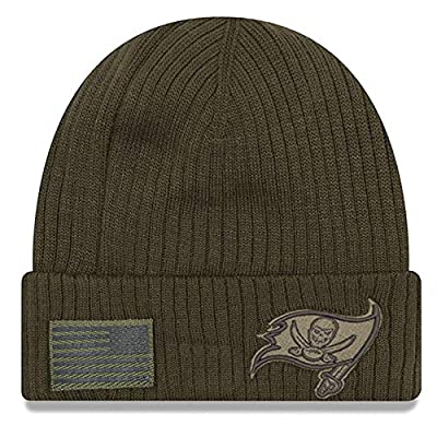 New Era Tampa Bay Buccaneers 2018 Salute to Service Sideline Cuffed Knit Hat – Olive