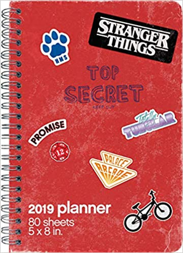 2019 stranger things weekly monthly planner 85 x 11