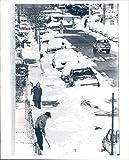 1994 Photo Snow Covered Ground Transportation Street People Vintage Shovels 8x10
