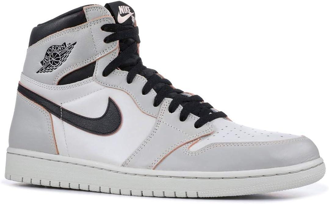 Amazon Com Nike Mens Air Jordan 1 High Og Defiant Light Bone