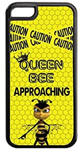 Queen Bee- Hard Plastic Case in black with Inner Black Rubber Lining - for the Apple Iphone 4, 4s Universal