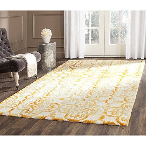 Safavieh Dip Dye Collection DDY711C Handmade Moroccan Geometric Watercolor Ivory and Gold Wool Area Rug (5' x 8')
