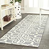 """Product review for Safavieh Cambridge Collection CAM133D Handcrafted Moroccan Geometric Silver and Ivory Premium Wool Runner (2'6"""" x 8')"""