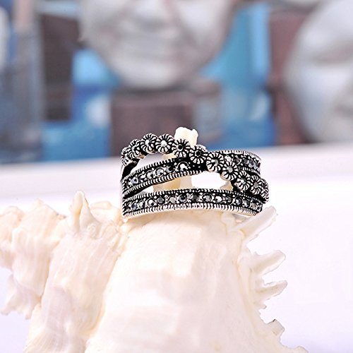 Mytys Vintage Chic Rhodium Plated Black Marquise Crystal Tiny Flowers Paved Cocktail Ring(9) Photo #2