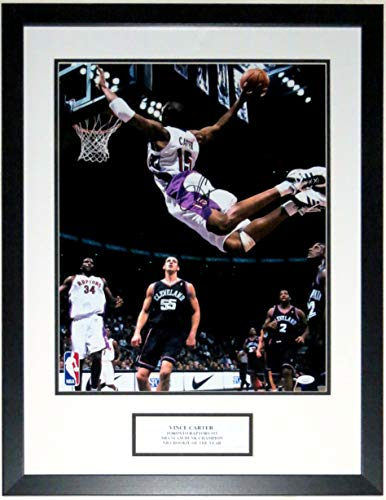 Vince Carter Signed Toronto Raptors Slam Dunk 16x20 Photo - JSA COA Authenticated - Professionally Framed & Plate