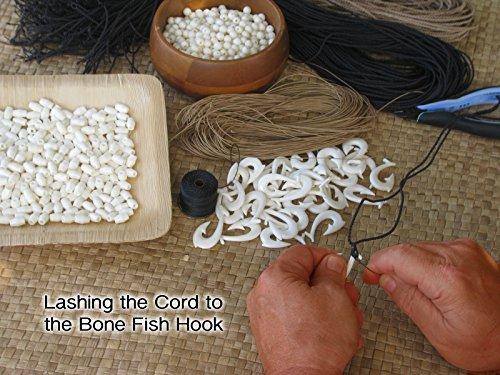 Hawaiian made on maui hand carved bone fish hook necklace for Maui fish hook necklace