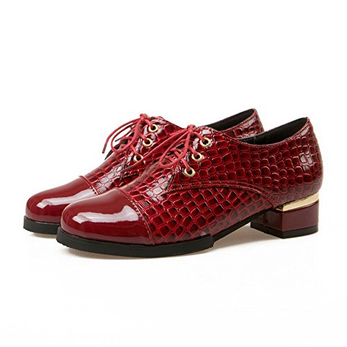 AllhqFashion Mujer Tacón bajo Cordón Patrón de serpiente PU Charol Puntera Redonda ZapatosdeTacón Rojo