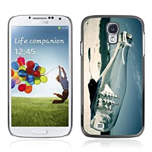 Designer Depo Hard Protection Case for Samsung Galaxy S4 / Ship In A Bottle