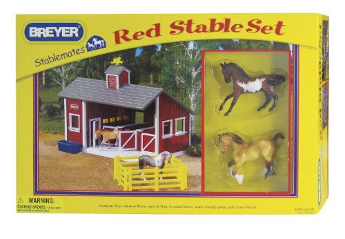 (Breyer Stablemates 1:32 Scale Red Stable Set with Two Horses)