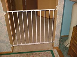 Amazon Com Kidco Safeway Gate Top Of Stairs Gate White