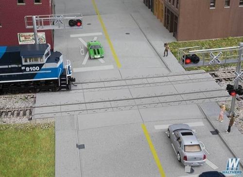 (Walthers Cornerstone HO Scale Detail Kit Modern Concrete Grade Crossing)