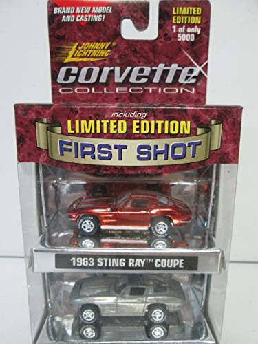 (Johnny Lightning 1999 Playing Mantis Corvette Collection Including Limited Edition First Shot - 1963 Sting Ray Coupe )