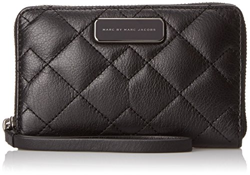 Marc by Marc Jacobs Sophisticato Crosby Quilt Leather Wingman Small Good Wallet, Black, One Size