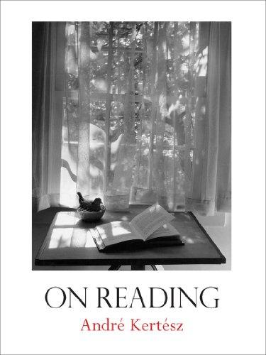 """""""On Reading"""" av André Kertész"""