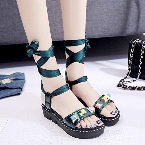 RUGAI-UE Verano sandalias planas Mujer Retro vendaje grueso remache estudiantes zapatos Green